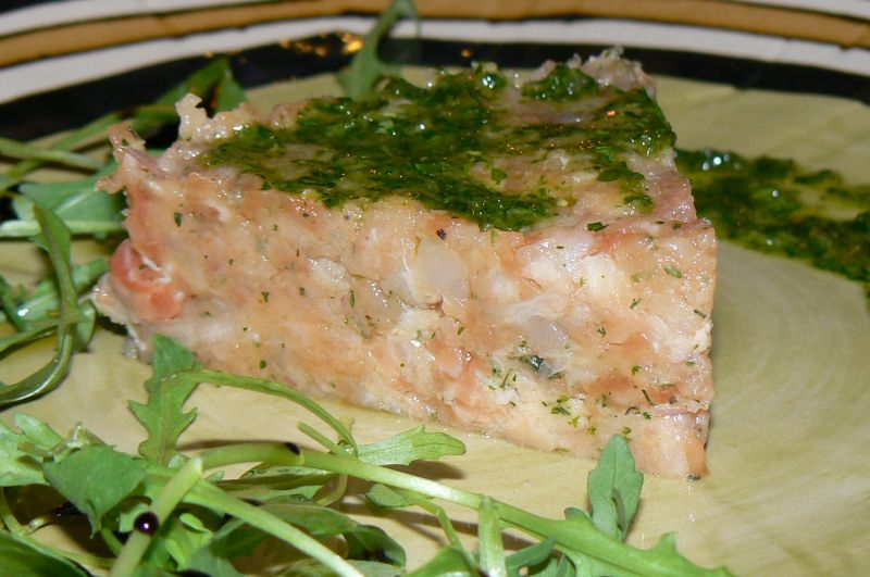 Tartare de saumon et daurade et sa sauce verte dans ENTREES p1240086